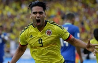 Galatasaray'a Radamel Falcao transferinde dev...